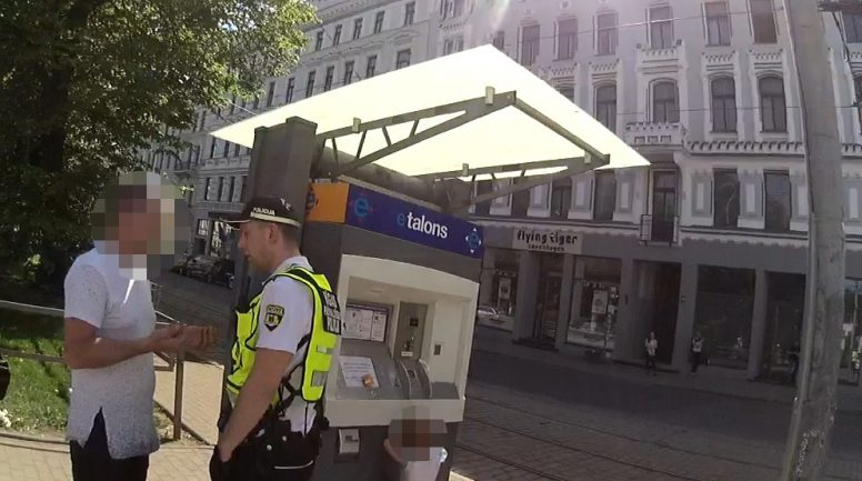 Rīgā aizturēts kāds bērna pieskatītājs 3,48 promiļu reibumā