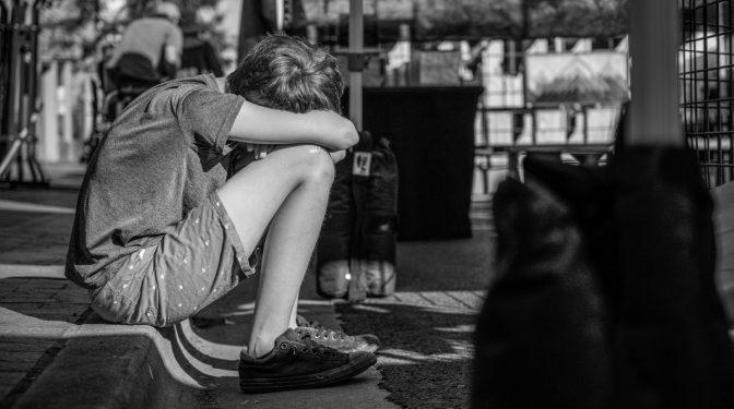 Nelabvēlīgu psiholoģisko apstākļu dēļ no mājām bez virsdrēbēm aizbēg pusaudzis
